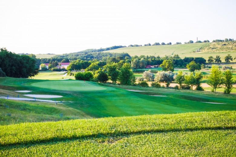 Csapatépítő golfprogram 12 főig